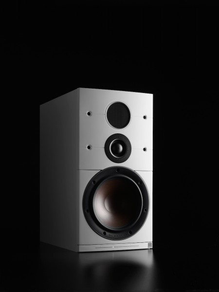Dali Callisto 2, kabelloses Kompakt-Lautsprechersystem, mit kostenlosen Lautsprecherständern
