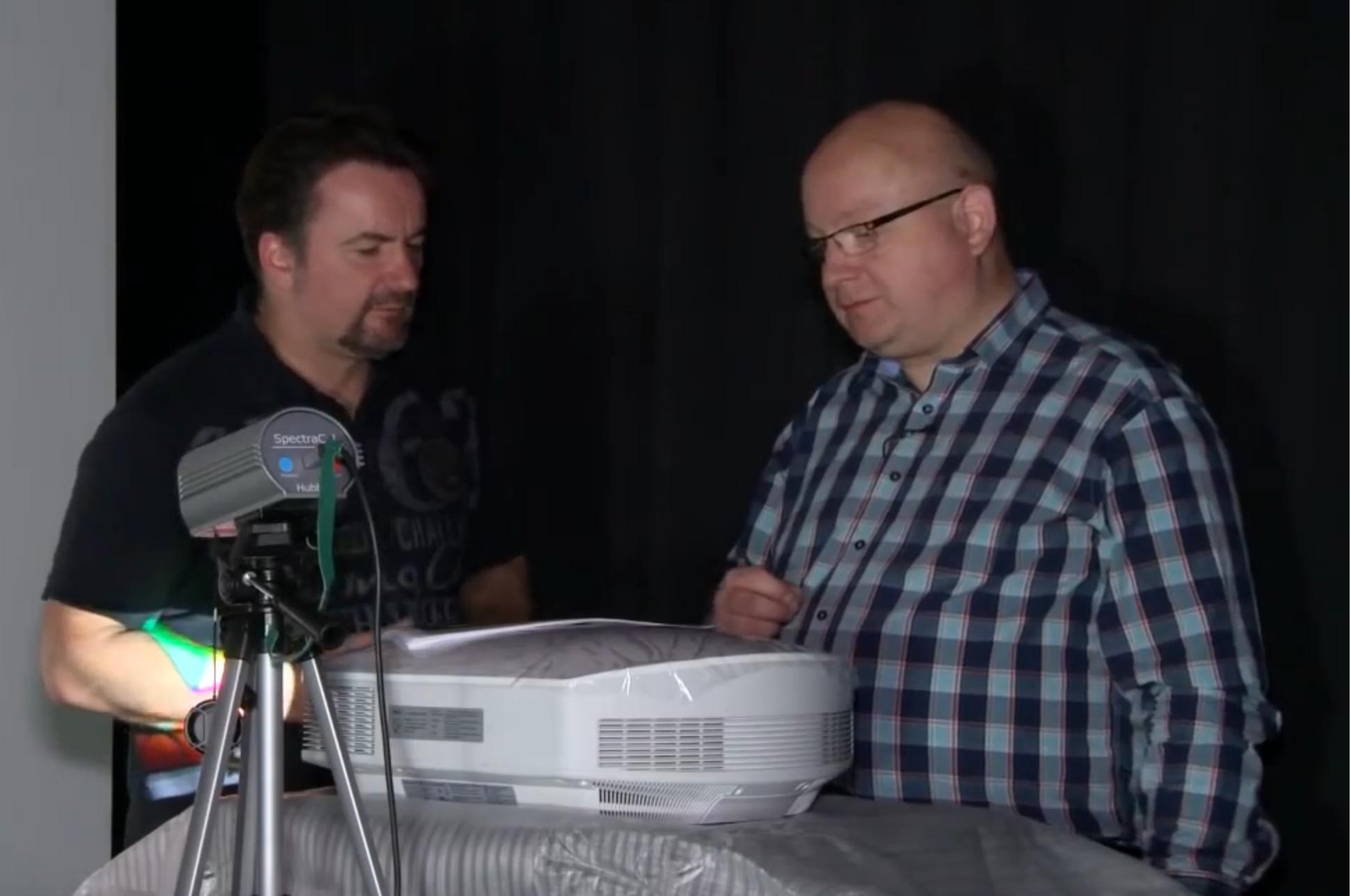 Screenshot_2018-11-28-Kalibration-von-Projektoren-Interview-mit-unserem-Partner-Raphael-Vogt-YouTube