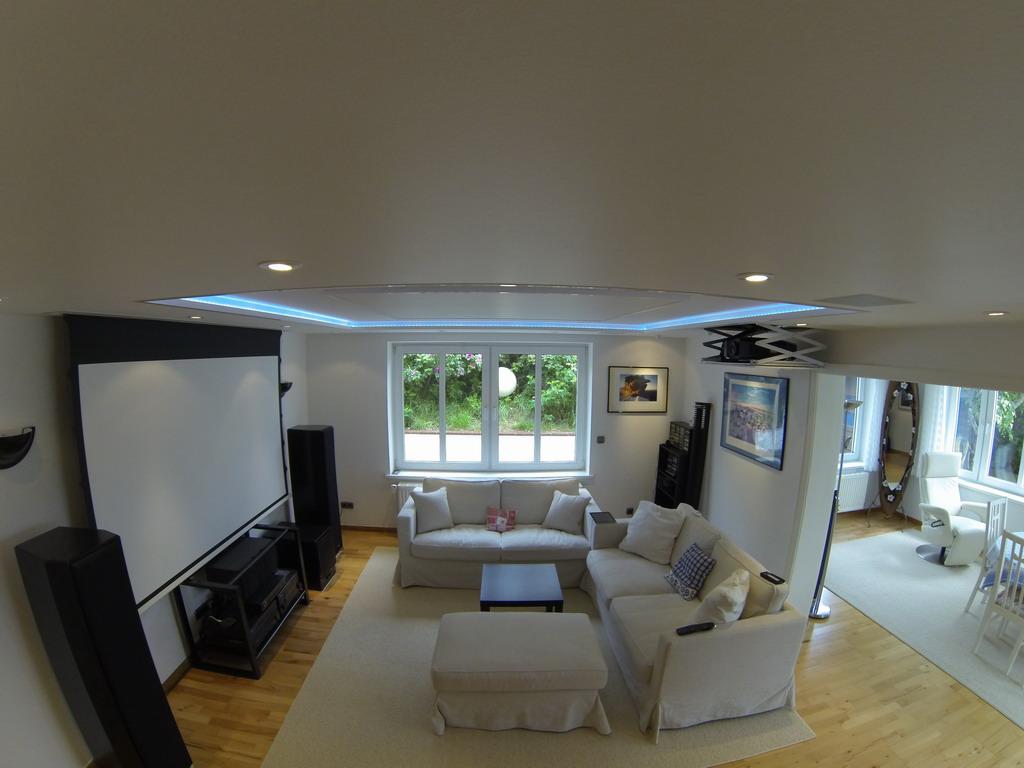 Wieder Fotos von einer schönen Heimkinolösung im Wohnzimmer | Blog ...