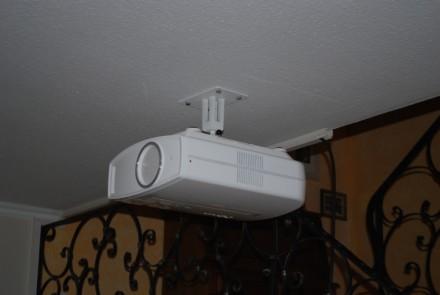 heimkino im wohnzimmer wie gut es funktioniert zeigen wir ihnen hier blog grobi tv. Black Bedroom Furniture Sets. Home Design Ideas