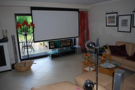 Heimkino im Wohnzimmer - wie gut es funktioniert zeigen wir Ihnen ...